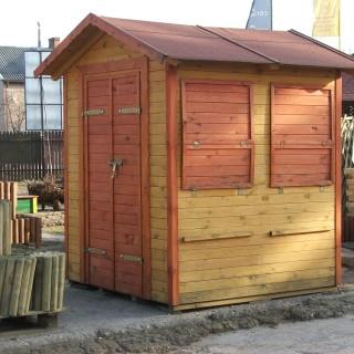 Domek drewniany w formie kiosku handlowego