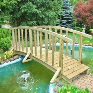 Mostek Laguna z nietypową barierką