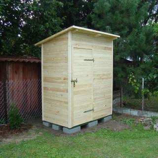 Domek WC powiększony
