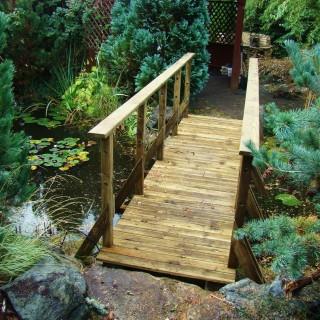 Mostek drewniany przedłużony