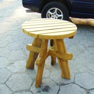 Stół okrągły Masyw o zmniejszonej średnicy blatu