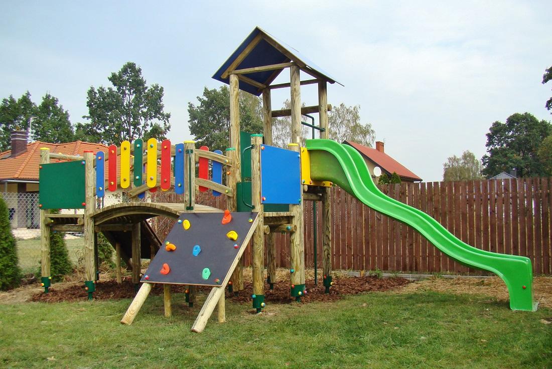 Plac zabaw Jedna Wieża bez pomostu ruchomego